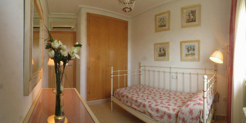 Ferienvillen golf spanien murcia schlafzimmer - Panoramabild schlafzimmer ...